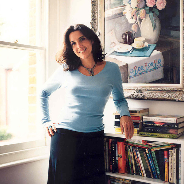 Dr Bettany Hughes Image